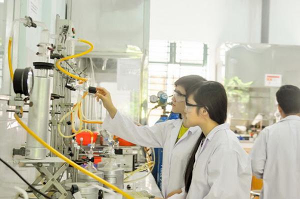 Ngành sư phạm hóa học yêu cầu có trách nhiệm trong công tác